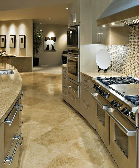 Fancy kitchen with porcelain tiles